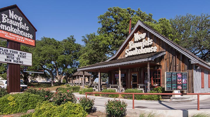 Restaurant Country Store New Braunfels Smokehouse